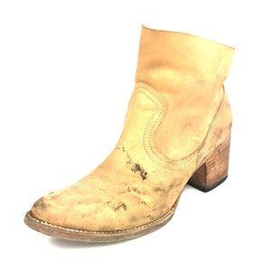 FreeBird Salt Ankle Boots Destroyed Sz 7 A6